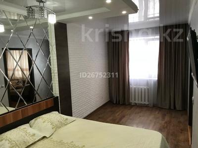 1-комнатная квартира, 34 м² по часам, Алиханова 38/2 за 750 〒 в Караганде, Казыбек би р-н