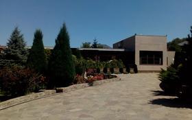 8-комнатный дом, 721 м², 60 сот., мкр Ремизовка 44 за 580 млн 〒 в Алматы, Бостандыкский р-н