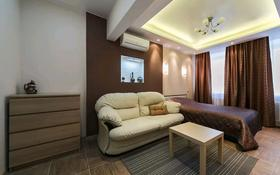 1-комнатная квартира, 52 м², 3/5 этаж посуточно, Батыс-2 за 9 990 〒 в Актобе