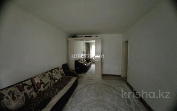2-комнатная квартира, 42.1 м², 1/4 этаж, мкр №2 13 за 18 млн 〒 в Алматы, Ауэзовский р-н