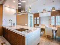 4-комнатная квартира, 160 м², 14/28 этаж на длительный срок, Желтоксан 2 за 300 000 〒 в Нур-Султане (Астане)