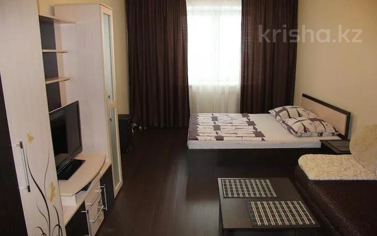 1-комнатная квартира, 31 м², 2/5 этаж посуточно, Кривогуза 21 — Сейфуллина за 6 000 〒 в Караганде