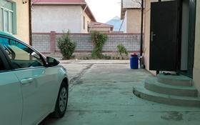 10-комнатный дом, 350 м², 16 сот., Абая 48а за 40 млн 〒 в Сарыагаш