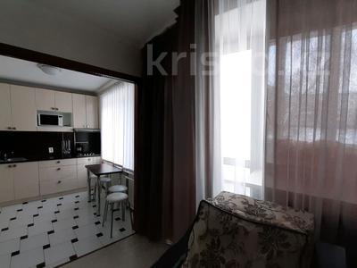 2-комнатная квартира, 49 м², 2/5 этаж посуточно, И. Франко 23 — Парковая за 10 000 〒 в Рудном