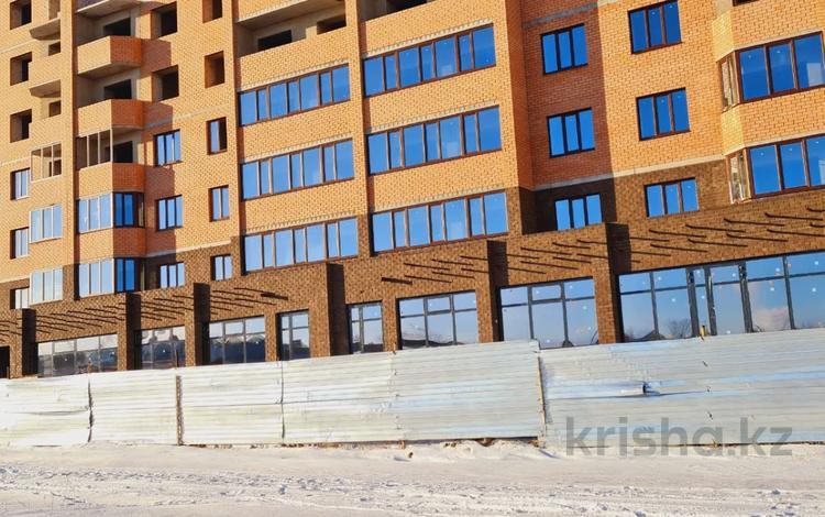 1-комнатная квартира, 43.1 м², 9/10 этаж, проспект Алии Молдагуловой 68 за ~ 9.5 млн 〒 в Актобе, мкр. Батыс-2