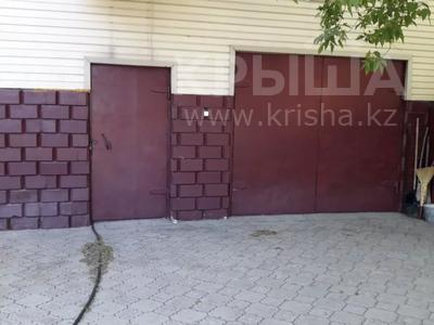 7-комнатный дом, 300 м², Димтрова — Пионерская за 50 млн 〒 в Темиртау — фото 12