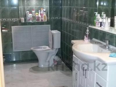 7-комнатный дом, 300 м², Димтрова — Пионерская за 50 млн 〒 в Темиртау — фото 16