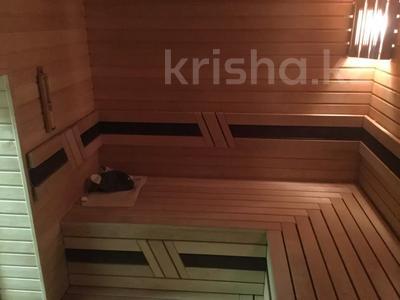 5-комнатная квартира, 240.1 м², 1/3 этаж, Военгородок за ~ 70 млн 〒 в Костанае — фото 14