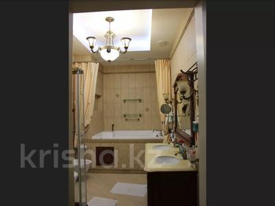 5-комнатная квартира, 240.1 м², 1/3 этаж, Военгородок за ~ 70 млн 〒 в Костанае — фото 23