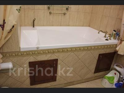5-комнатная квартира, 240.1 м², 1/3 этаж, Военгородок за ~ 70 млн 〒 в Костанае — фото 25