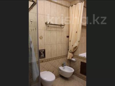 5-комнатная квартира, 240.1 м², 1/3 этаж, Военгородок за ~ 70 млн 〒 в Костанае — фото 26