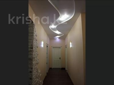 5-комнатная квартира, 240.1 м², 1/3 этаж, Военгородок за ~ 70 млн 〒 в Костанае — фото 32