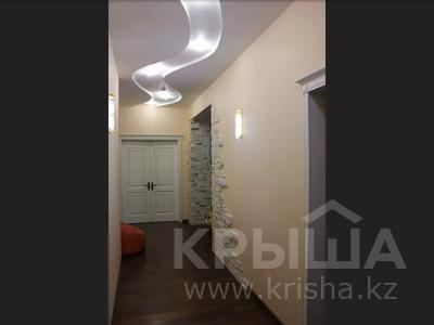 5-комнатная квартира, 240.1 м², 1/3 этаж, Военгородок за ~ 70 млн 〒 в Костанае — фото 35