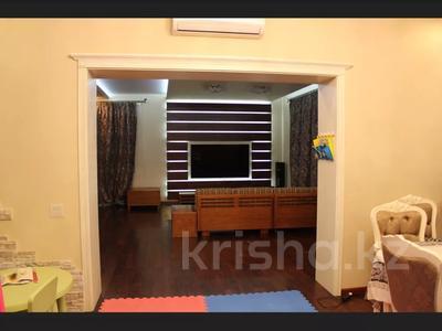 5-комнатная квартира, 240.1 м², 1/3 этаж, Военгородок за ~ 70 млн 〒 в Костанае — фото 48