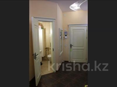 5-комнатная квартира, 240.1 м², 1/3 этаж, Военгородок за ~ 70 млн 〒 в Костанае — фото 56