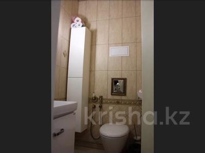 5-комнатная квартира, 240.1 м², 1/3 этаж, Военгородок за ~ 70 млн 〒 в Костанае — фото 57