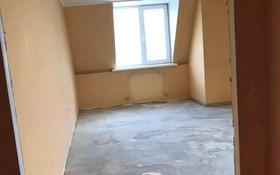 2-комнатная квартира, 74 м², Аубая Байгазиева 35 за 13 млн 〒 в Каскелене
