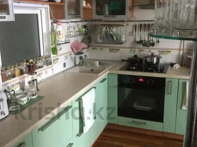 3-комнатная квартира, 87 м², 1/5 этаж, Дарвина 107 — Блюхера за ~ 19.3 млн 〒 в Челябинске — фото 2