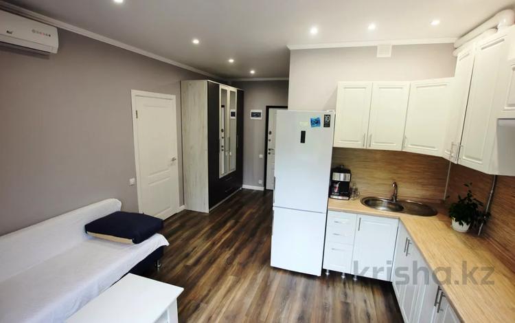 2-комнатная квартира, 42 м², 5/5 этаж, Крымская 89 за 17 млн 〒 в Сочи