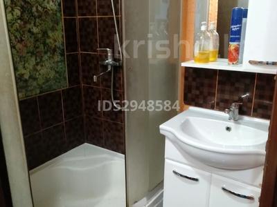 2-комнатная квартира, 45 м², 3 этаж посуточно, Ауэзова 42 за 8 000 〒 в Экибастузе
