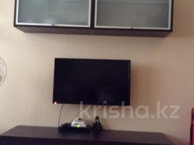 2-комнатная квартира, 63 м², 3/9 этаж помесячно, Ауэзова 11 за 110 000 〒 в Алматы, Бостандыкский р-н — фото 3