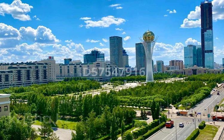 1-комнатная квартира, 60 м², 9/10 этаж посуточно, Сарайшык 34 за 10 000 〒 в Нур-Султане (Астана), Есиль р-н