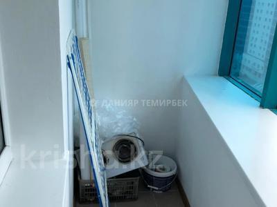 2-комнатная квартира, 60 м², 12/14 этаж, Сарайшык за ~ 22.8 млн 〒 в Нур-Султане (Астана), Есиль р-н — фото 8