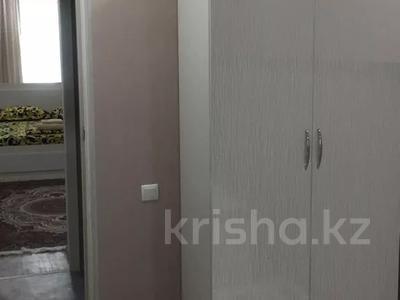 3-комнатная квартира, 70 м², 2/4 этаж посуточно, Толеби 61 — Айтиева за 15 000 〒 в Таразе