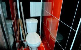 2-комнатная квартира, 55 м², 1/5 этаж посуточно, Ескалиева 186 — проспект Нурсултана Назарбаева за 10 000 〒 в Уральске