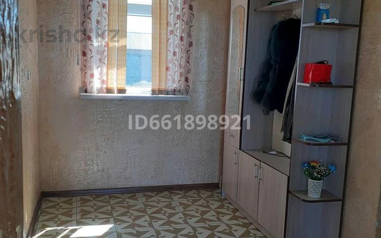 9-комнатный дом, 210 м², 10 сот., Шаңырақ 663 за 25 млн 〒 в Таразе