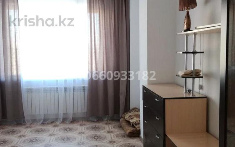 2-комнатная квартира, 71.3 м², 13/14 этаж помесячно, Ракымжана Кошкарбаева 45а за 120 000 〒 в Нур-Султане (Астана), Алматы р-н