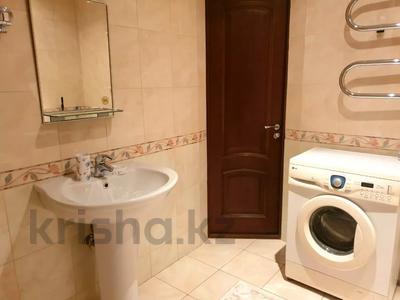 1-комнатная квартира, 45 м², 1/12 этаж посуточно, Жолдасбекова — Мендикулова за 12 000 〒 в Алматы