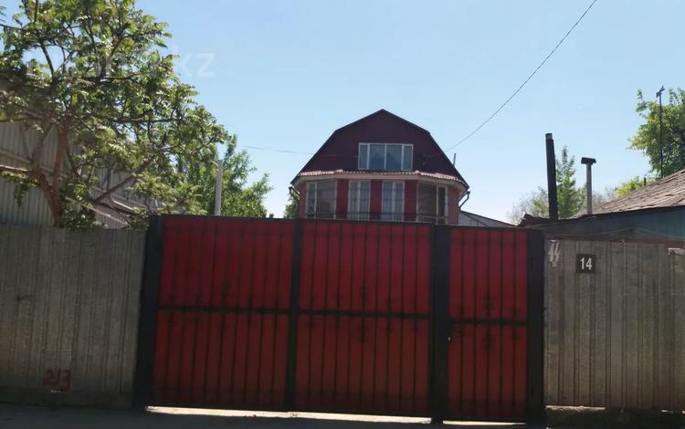 7-комнатный дом, 270 м², 8 сот., мкр Акбулак 14 — Шарипова за 72 млн 〒 в Алматы, Алатауский р-н
