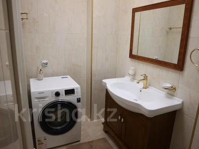 4-комнатная квартира, 150 м², 4/7 этаж помесячно, проспект Мангилик Ел 23 — Ханов Керея и Жанибека за 850 000 〒 в Нур-Султане (Астана), Есиль р-н — фото 7