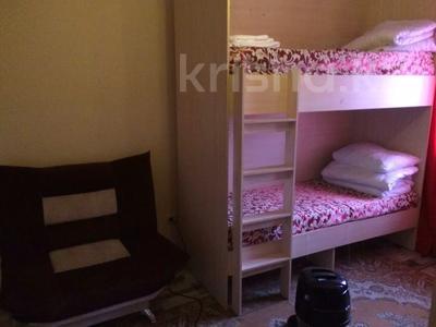 9-комнатный дом посуточно, 550 м², 6 сот., Досмухамедулы 63 — Тайбекова за 80 000 〒 в Нур-Султане (Астана), Есильский р-н — фото 4