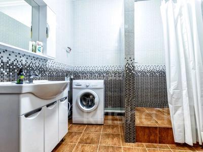 2-комнатная квартира, 90 м², 5 этаж посуточно, Достык 13 — Туркестан за 10 000 〒 в Нур-Султане (Астана), Есиль р-н — фото 7