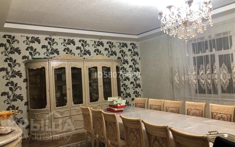 8-комнатный дом, 500 м², 9 сот., Султанбаева 16 за ~ 80 млн 〒 в Таразе