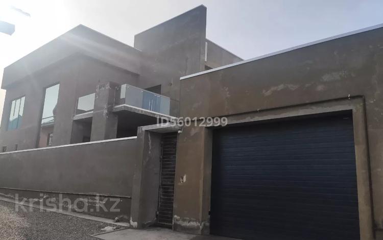 6-комнатный дом, 280 м², 4 сот., Аргынбекова за 115 млн 〒 в Шымкенте, Енбекшинский р-н