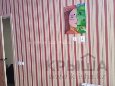 2-комнатная квартира, 58 м², 12/16 этаж, Амангельды Иманова за 17.5 млн 〒 в Нур-Султане (Астана), р-н Байконур — фото 11