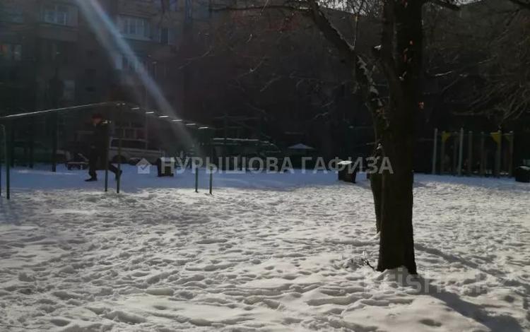 2-комнатная квартира, 52 м², 5/5 этаж, мкр Тастак-2 за 17 млн 〒 в Алматы, Алмалинский р-н
