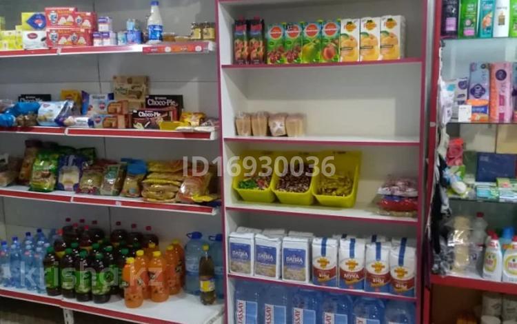 Магазин площадью 50.2 м², Владимирского 14а за 18 млн 〒 в Атырау