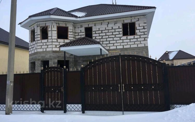 5-комнатный дом, 200 м², 5 сот., Мичуиина, Асан 16 за 18 млн 〒 в Уральске