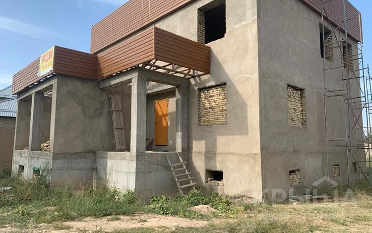 7-комнатный дом, 480 м², 8 сот., мкр Самал-2, Самал-2 мкр за 43 млн 〒 в Шымкенте, Абайский р-н