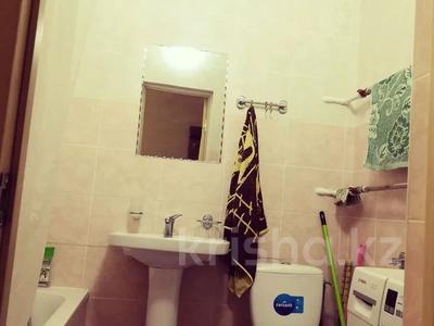 1-комнатная квартира, 42 м², 9/12 этаж посуточно, Рыскулбекова 31 за 7 000 〒 в Нур-Султане (Астана), Алматы р-н — фото 3