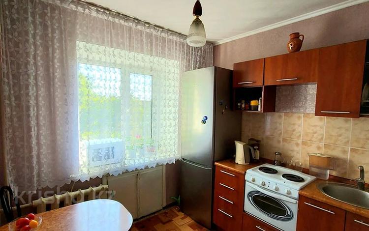 2-комнатная квартира, 43 м², 5/5 этаж, Космическая 8 за 13.8 млн 〒 в Усть-Каменогорске