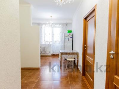2-комнатная квартира, 60 м², 4/10 этаж, Сакена Сейфуллина 5 за 20 млн 〒 в Нур-Султане (Астана), Сарыарка р-н — фото 4