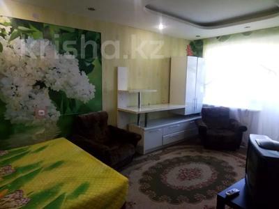 1-комнатная квартира, 30 м², 5/5 этаж посуточно, Баймагамбетова 156 — Гоголя за 4 000 〒 в Костанае — фото 2