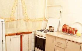 2-комнатная квартира, 41 м², 1/5 этаж, Шернияза за 6.5 млн 〒 в Актобе, Старый город