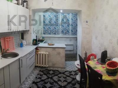 2-комнатная квартира, 55 м², 1/5 этаж, Ауэзовский р-н, мкр №11 за 20.7 млн 〒 в Алматы, Ауэзовский р-н — фото 2