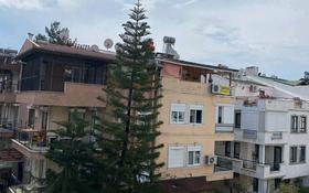 4-комнатная квартира, 145 м², 3/3 этаж, улица Джамыы 1 за 59.6 млн 〒 в Анталье